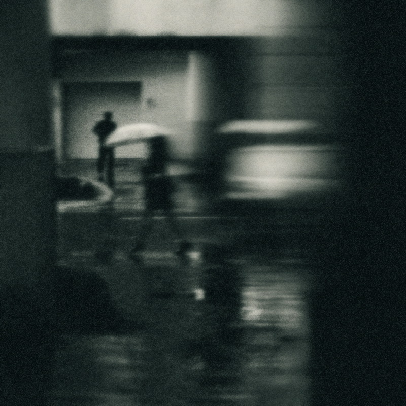 """фото """"Про дождь, зонтик и случайные встречи (2008)"""" метки: город,"""