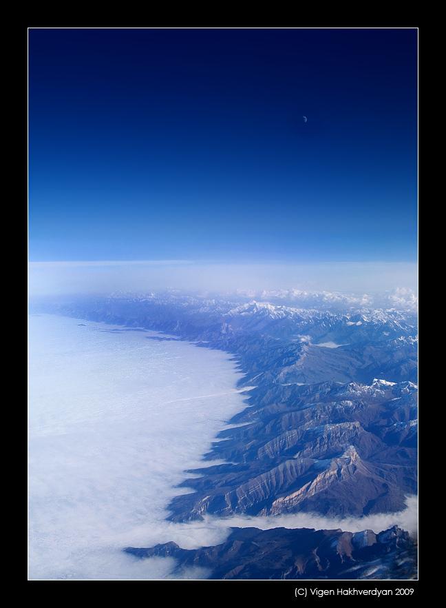 """фото """"Подлетая к Кавказу"""" метки: пейзаж, горы"""
