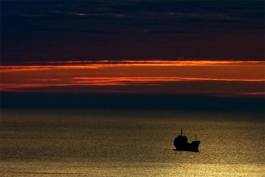 """фото """"УТРО НА РЕЙДЕ"""" метки: пейзаж, закат"""