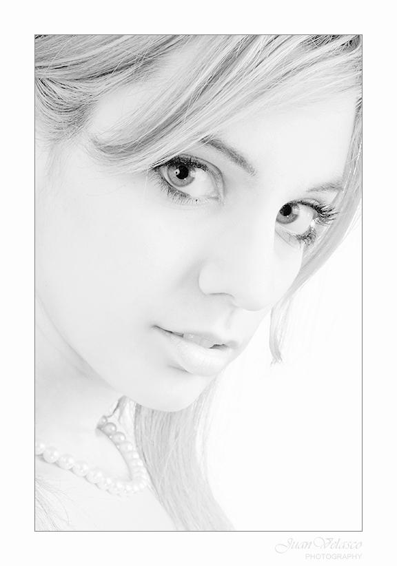 "фото ""Lady in High Key"" метки: портрет, женщина"