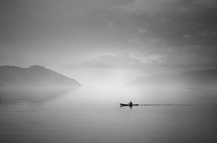 "photo ""fisherman"" tags: landscape, water"