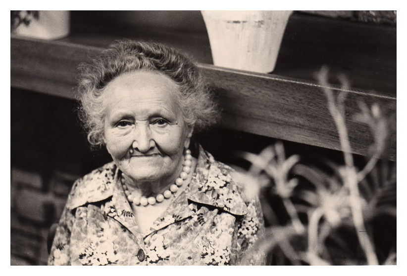"photo ""My Grandma"" tags: portrait, woman"