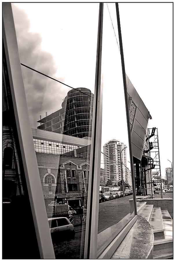 """фото """"Стекло и время"""" метки: архитектура, черно-белые, пейзаж,"""