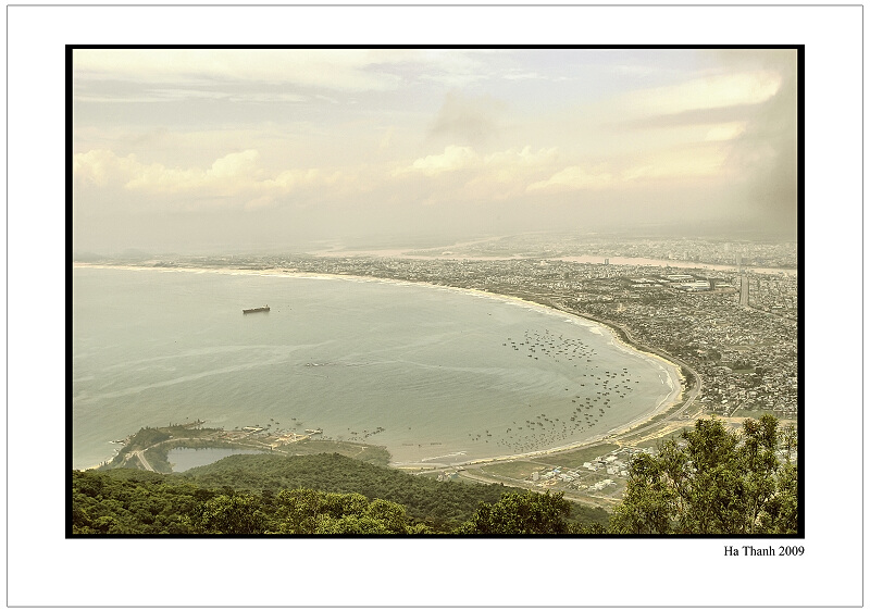 "photo ""Danang sea"" tags: landscape,"