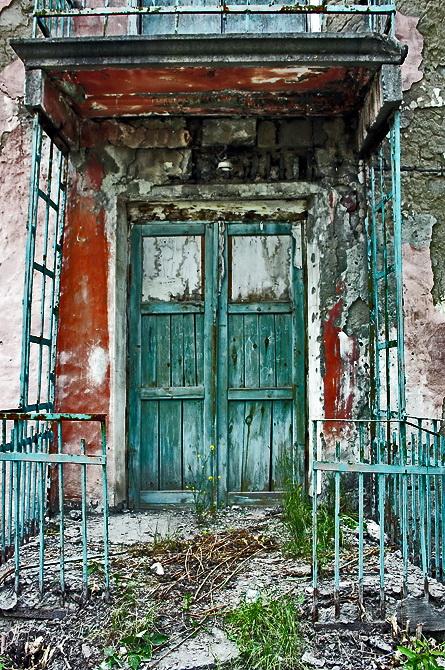 "фото ""дверь в никуда"" метки: фрагмент, ретро,"