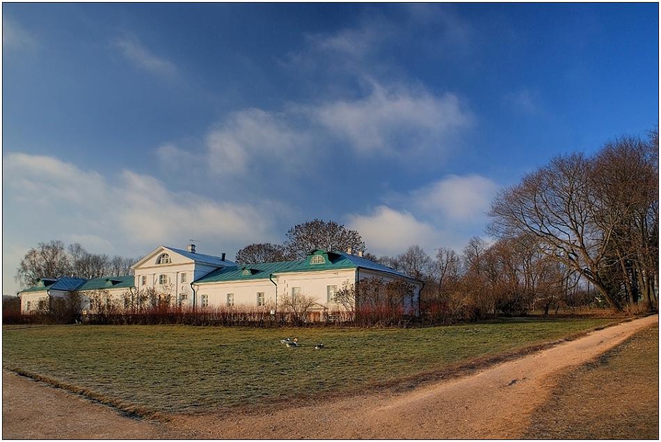 "photo ""Volkonsky's house"" tags: architecture, travel, landscape, Europe"
