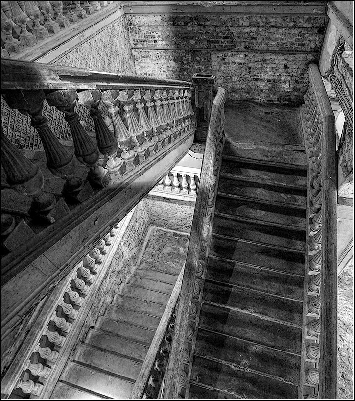 "фото ""старая лестница"" метки: интерьер, архитектура, пейзаж,"