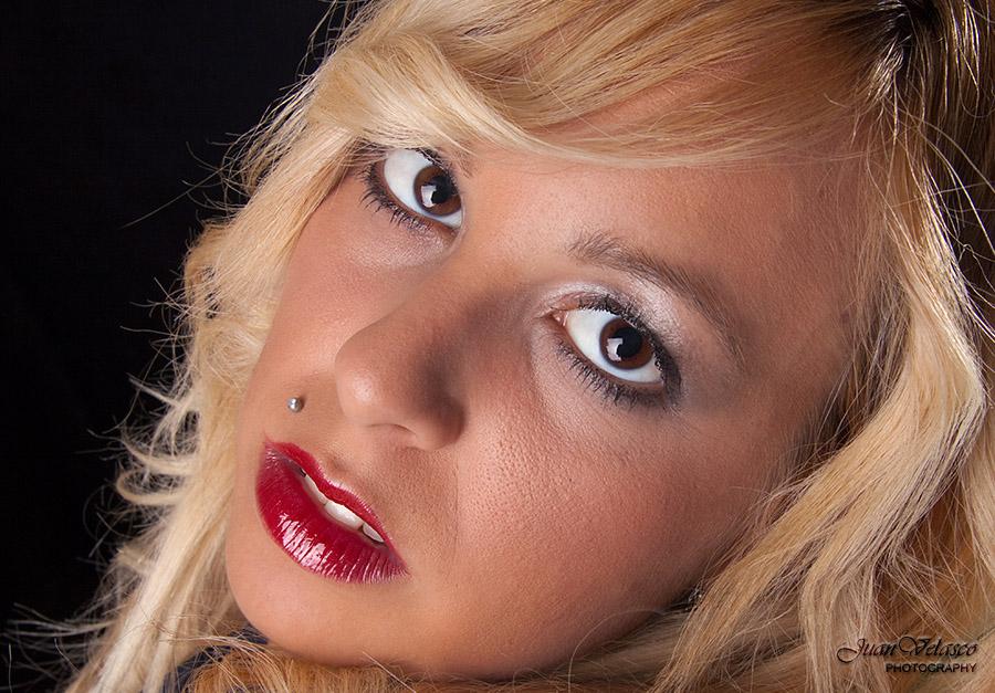 """photo """"Sandy - Close Up"""" tags: portrait, woman"""