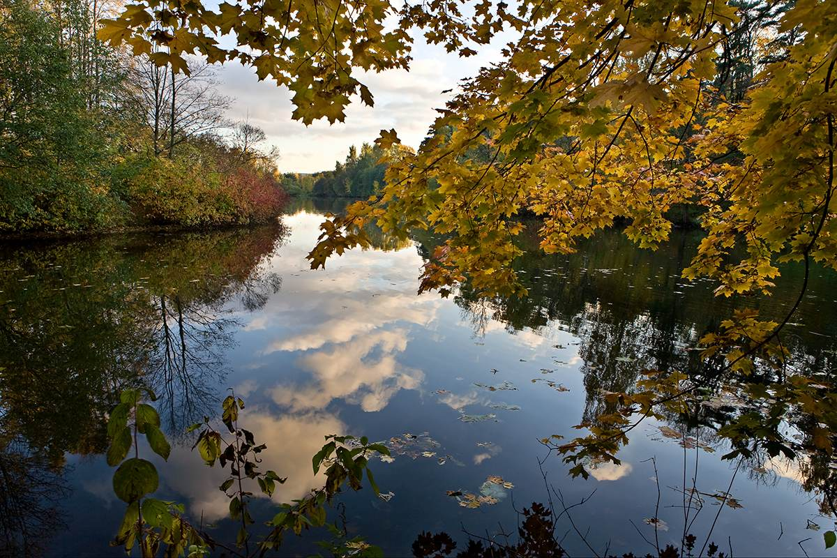 "photo ""Remember Autumn..."" tags: landscape, autumn, water"