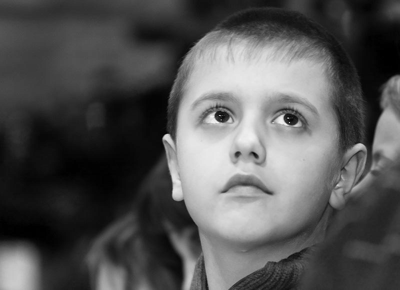"""photo """"What's hap, dad?"""" tags: portrait, black&white, children"""