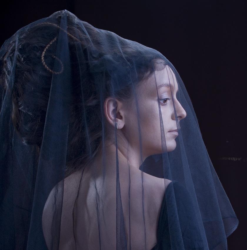 """photo """"blue haze"""" tags: portrait, woman"""