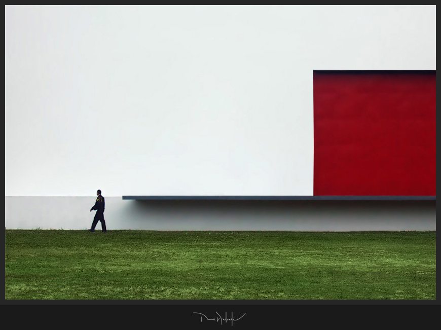 "photo ""White and Red"" tags: architecture, landscape,"