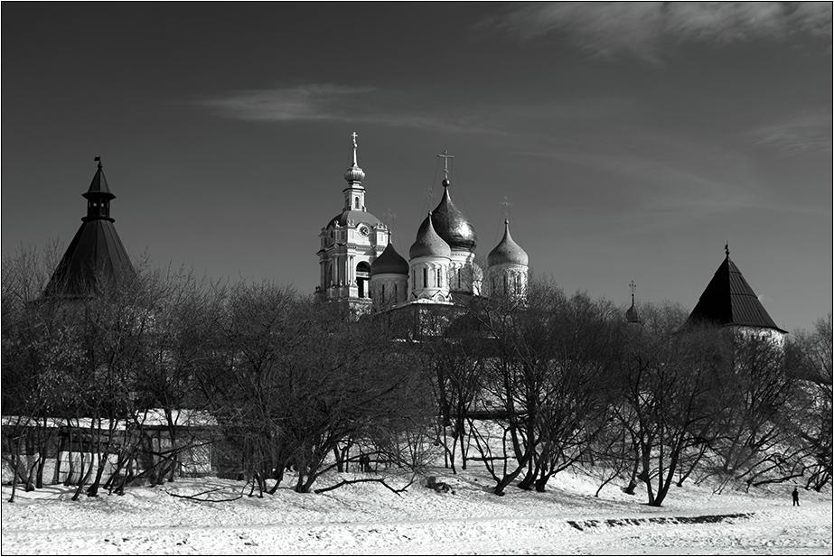 """фото """"Новоспасский монастырь"""" метки: архитектура, пейзаж, весна"""