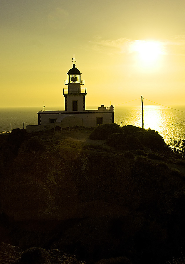 "photo ""lighthouse"" tags: travel, Europe"