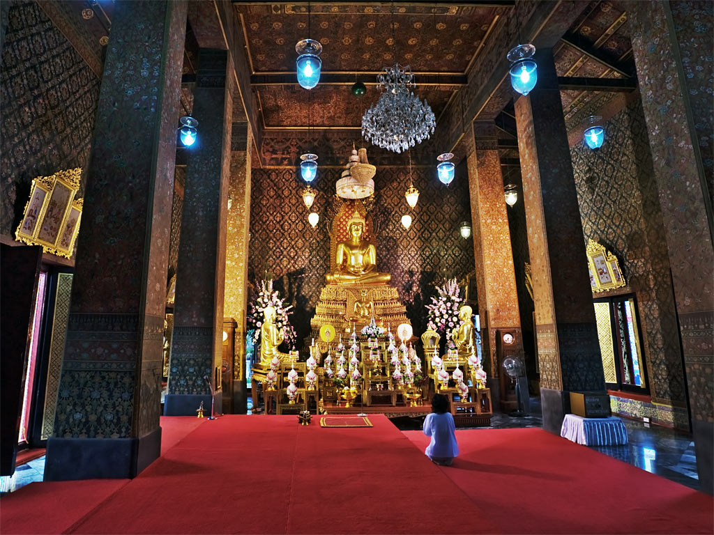 "photo ""Prayer"" tags: travel, genre, Asia"
