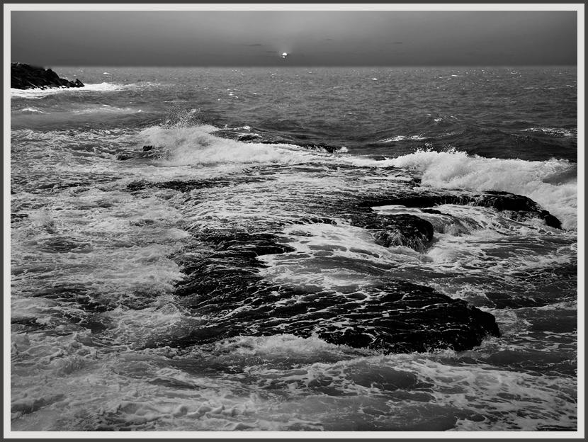 "photo ""***"" tags: landscape, black&white, water"