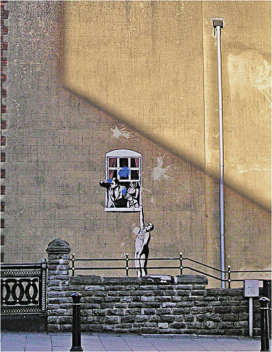 """photo """"The message from Banksy."""" tags: interior, city, грaффити"""