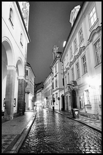 "photo ""Hочной улочка-5"" tags: black&white, city,"