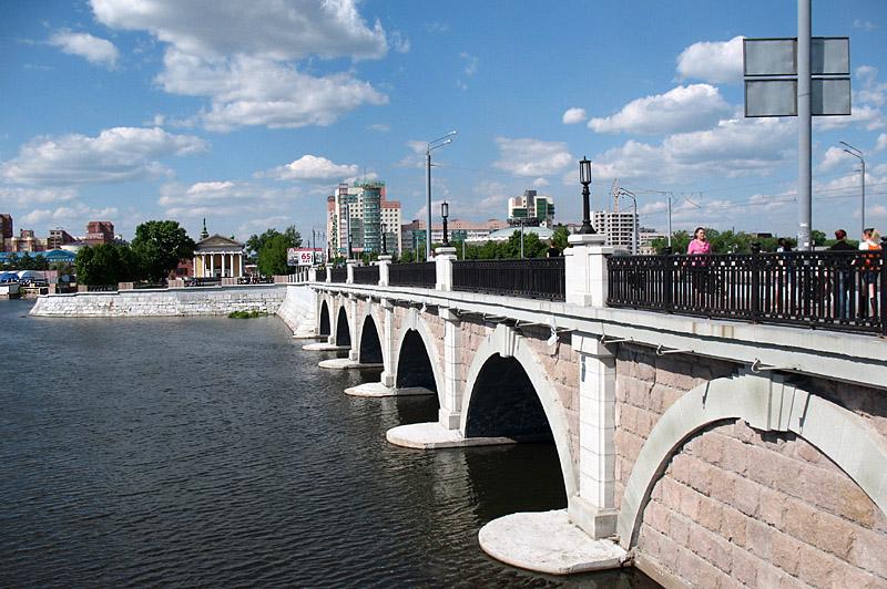 "photo ""New bridge"" tags: city,"