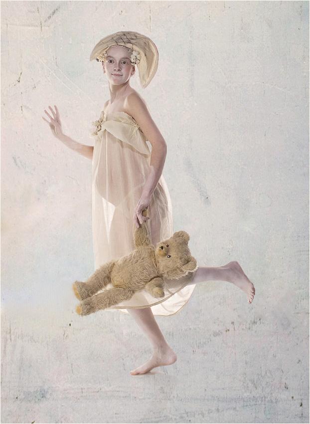 """photo """"Happy Bonaparte"""" tags: portrait, woman"""