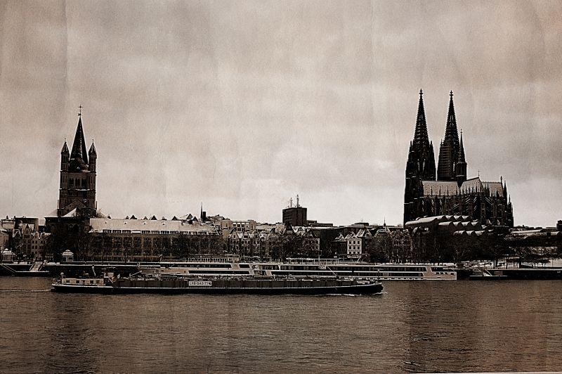 "photo ""Cologne a la 60"" tags: city, old-time,"
