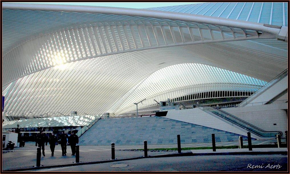 """photo """"moder station Liege"""" tags: landscape, architecture,"""