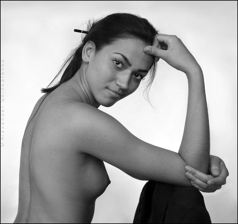 "photo ""*** (S#828)"" tags: portrait, nude, woman"