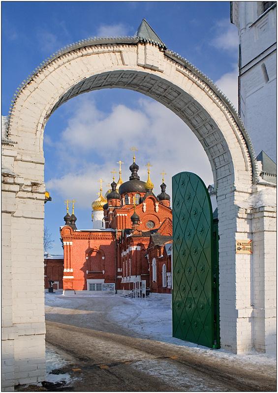 """photo """"Epiphany-Anastasiin monastery"""" tags: architecture, travel, landscape, Europe"""