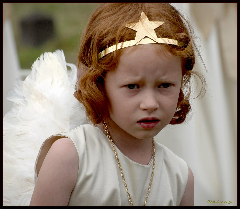 """photo """"little angel"""" tags: portrait, reporting, children"""