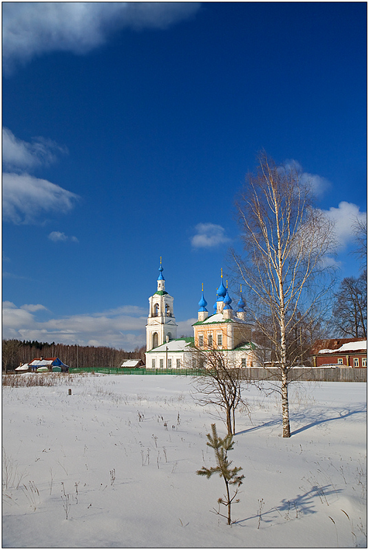 """photo """"(Ringing of) Church bells"""" tags: landscape, travel, Europe, winter"""