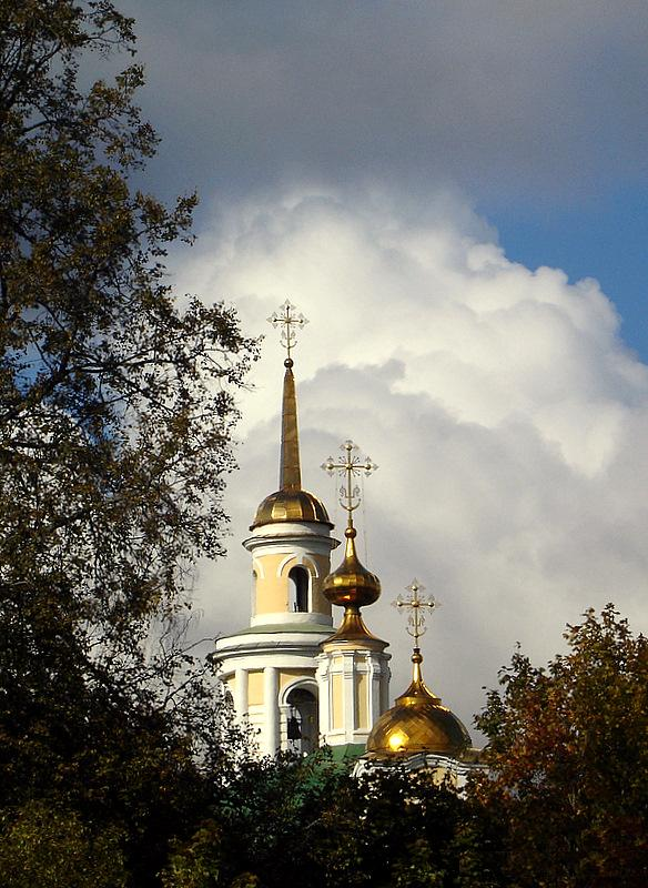 "photo ""храм,купола,церковь,Россия"" tags: architecture, misc., landscape,"
