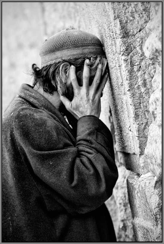 "photo ""The Prayer"" tags: portrait, reporting, man"
