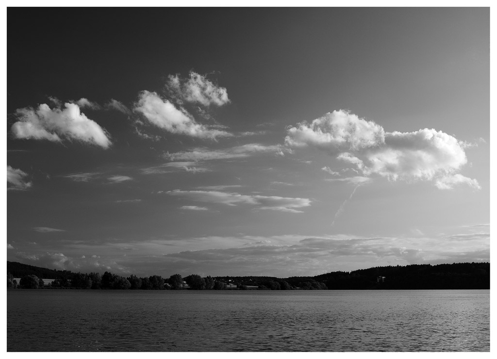 "photo ""the place where I live"" tags: landscape, black&white,"