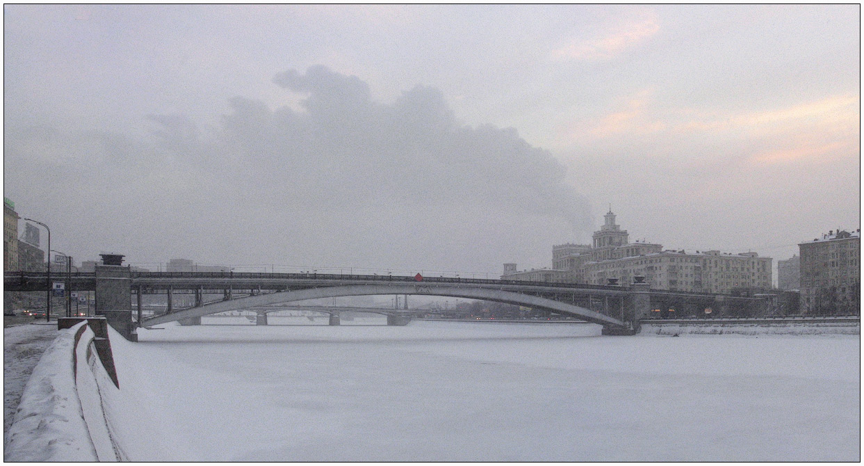 "photo ""about a snowy winter in Moscow"" tags: landscape, city, winter"