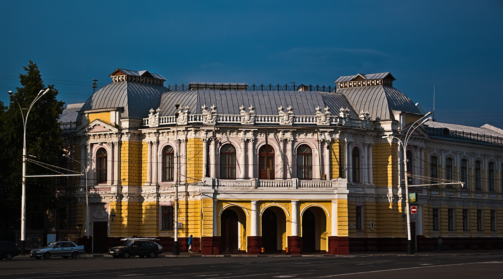 "photo ""The Theater"" tags: architecture, travel, landscape,"