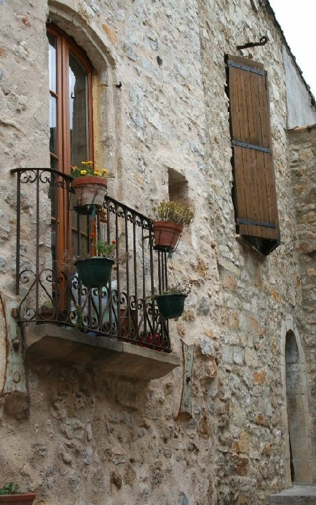 "photo ""St. Guilhem le desert, France: a corner"" tags: architecture, landscape,"