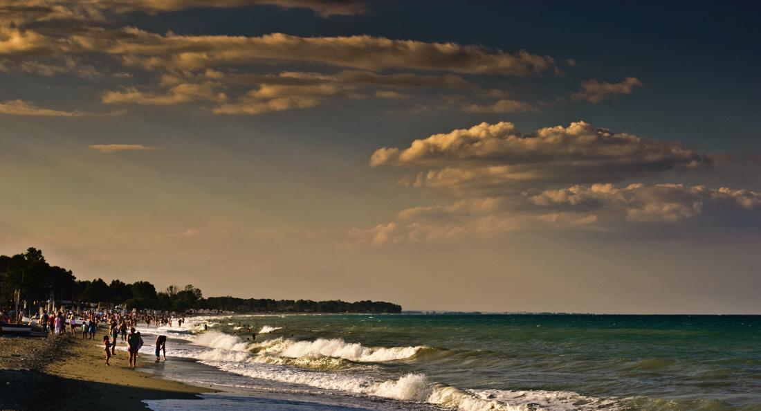 "фото ""The Beginning of The Storm 2"" метки: пейзаж, вода, закат"
