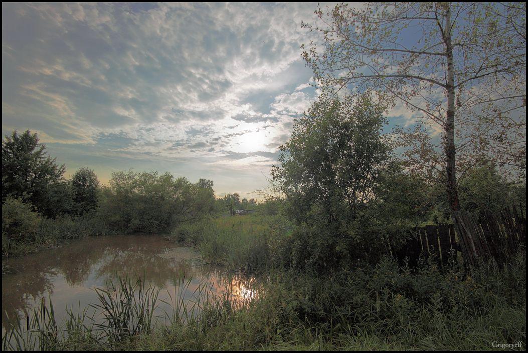 """photo """"Garden"""" tags: landscape, clouds"""