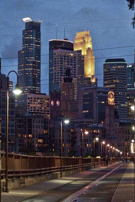 "фото ""walk into Minneapolis"" метки: пейзаж, архитектура, ночь"