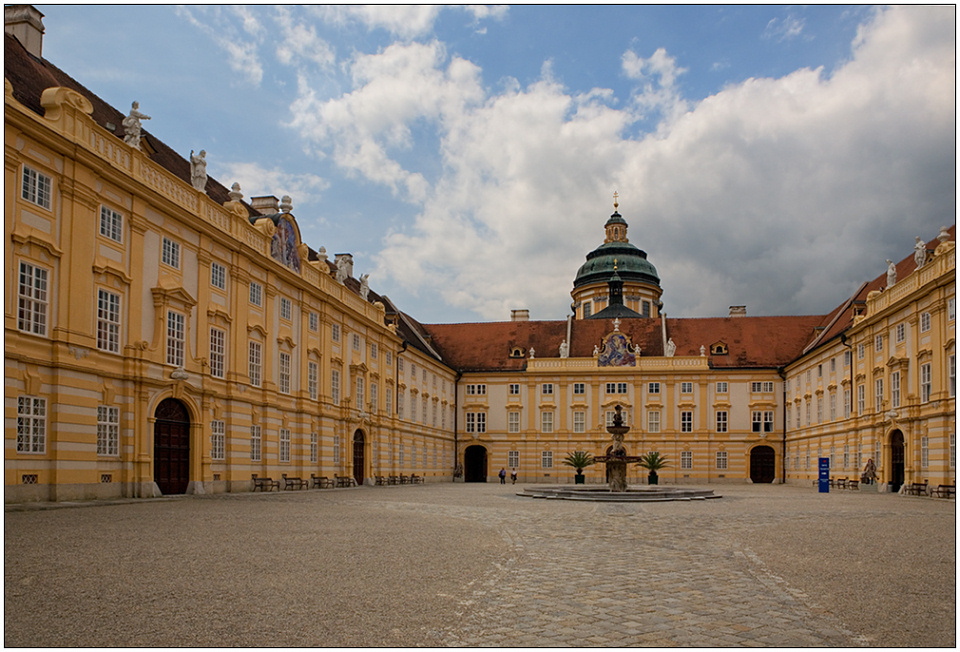 "photo ""Courtyard of abbey"" tags: architecture, travel, landscape, Europe"