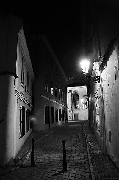 "photo ""Ночной улочка-6"" tags: black&white, city,"