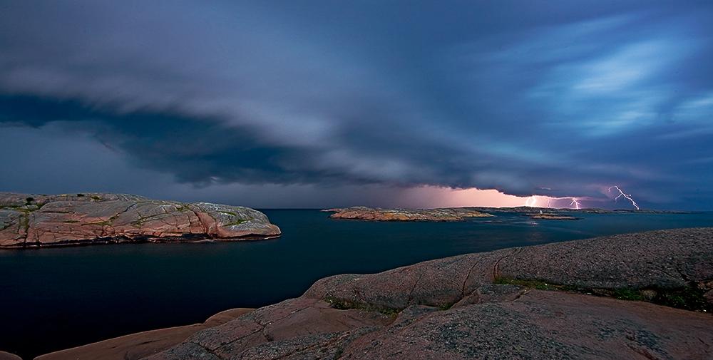 "photo ""Thunder and Lightning"" tags: landscape, night"