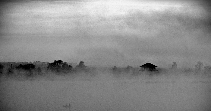 "photo ""The morning mist"" tags: black&white, landscape, sunset"