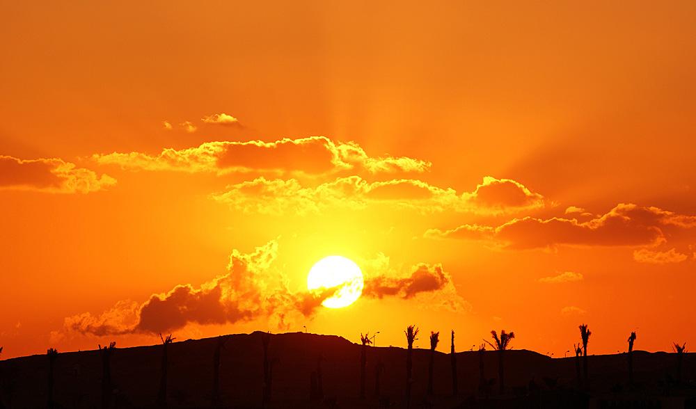 "photo ""рассвет,небо,пейзаж,солнце"" tags: landscape, travel, Africa, sunset"