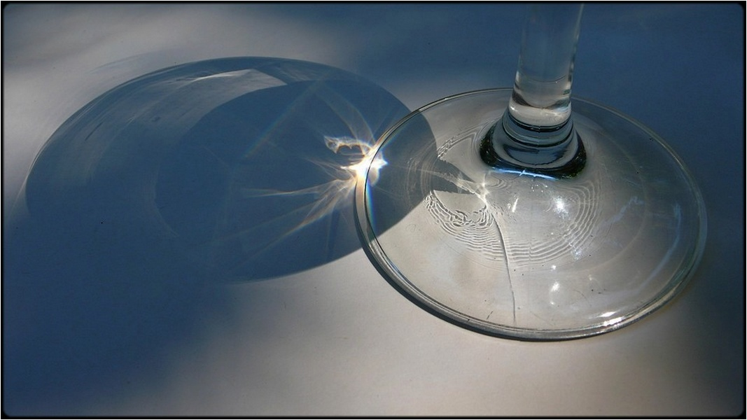 "photo ""glass and shadow"" tags: still life, macro and close-up,"