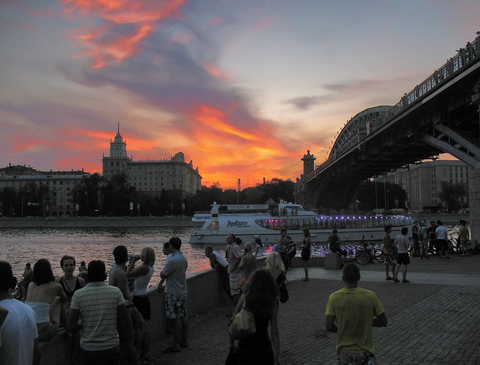 "photo ""Hot sunset in Moscow ...."" tags: city,"