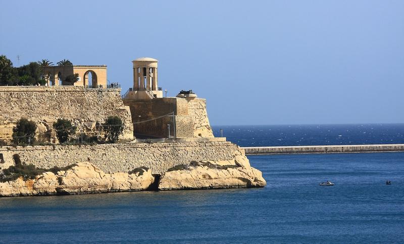 "фото ""Мальтийский маяк"" метки: ,"