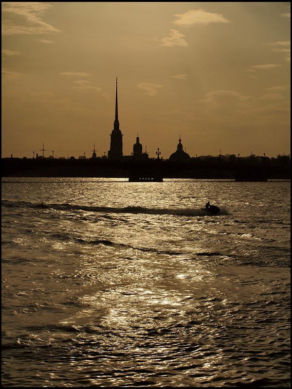 "фото ""не проникнуть через блики и глухие тени..."" метки: город, архитектура, пейзаж,"