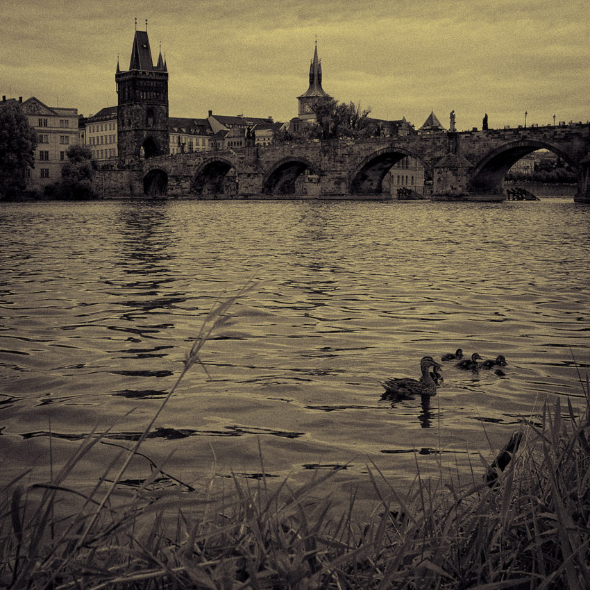 "photo ""Prague"" tags: city,"