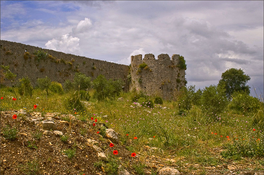 "photo ""old fortress"" tags: architecture, travel, landscape, Europe"